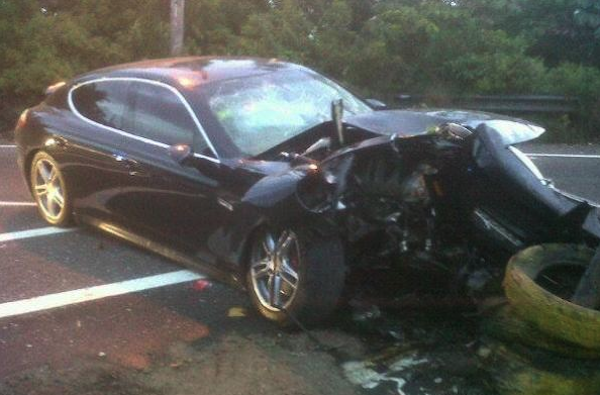 FLIPPA MOGGELA TOTALLED HIS PORSCHE PANAMERA S