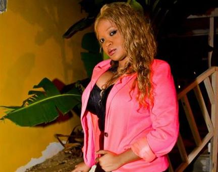DESTINY SPARTA ADMITS THAT SHE LOVES TO GIVE ORAL S*X