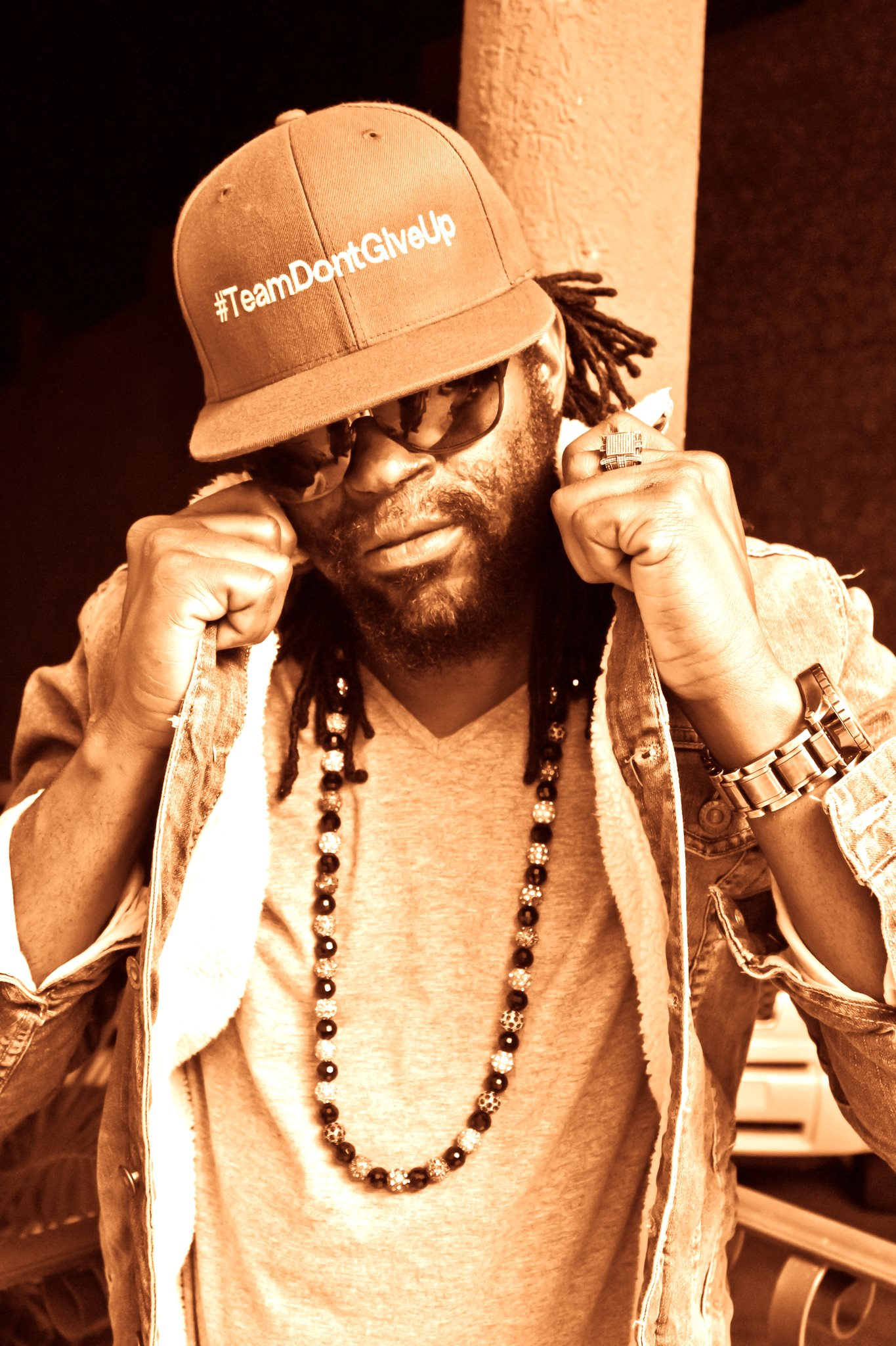 BUGLE TALKS ABOUT POTENTIAL CLOTHING LINE, 2 NEW ALBUM & WORKING WITH SLY & ROBBIE