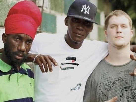 roach-dead-dancehall-producer