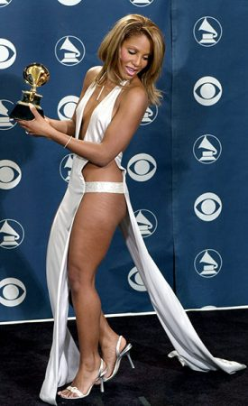 Toni-Braxton-grammy-awards