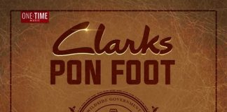 JAHVILLANI-CLARKS-PON-FOOT